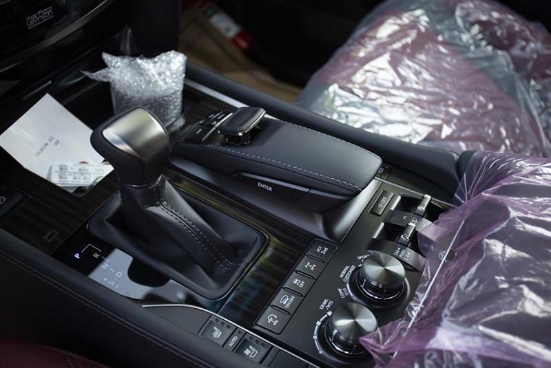 2021 Lexus LX 570 Super Sport Sonic Titanium