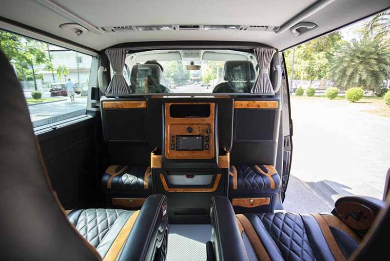 2018 Volkswagen Caravelle AU-23XX