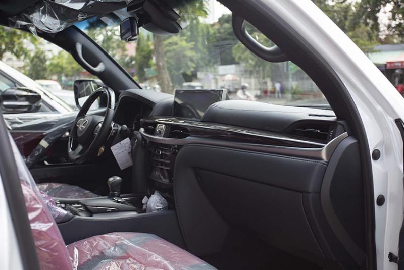 2021 Lexus LX 570 Super Sport White