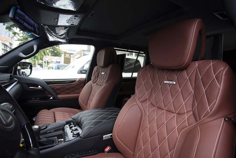 2021 Lexus LX 570 MBS